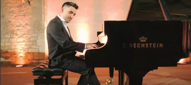 Il pianista Tomash Kacho